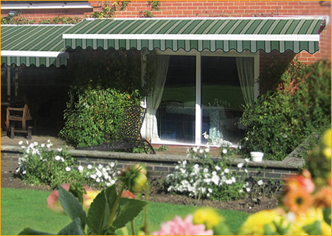 garden view awnings in Kent